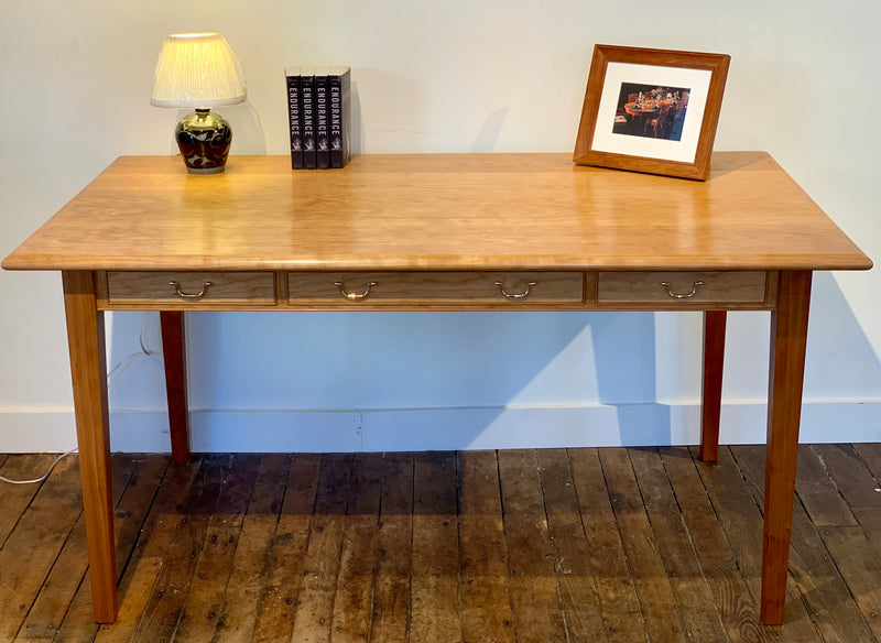 WESTPORT DESK IN CHERRY