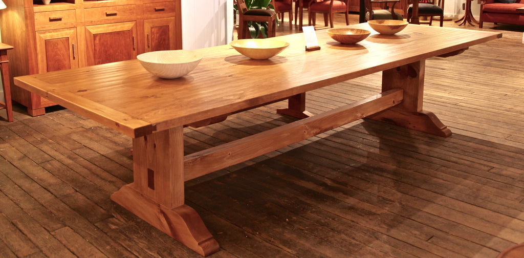 CUSTOM KING HARVEST TABLE