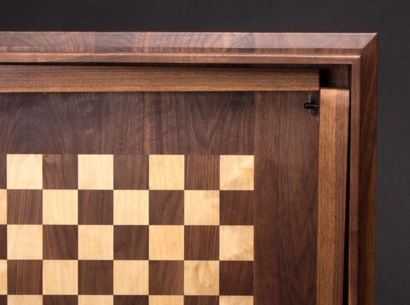 CHESS GAME TABLE - ShackletonThomas