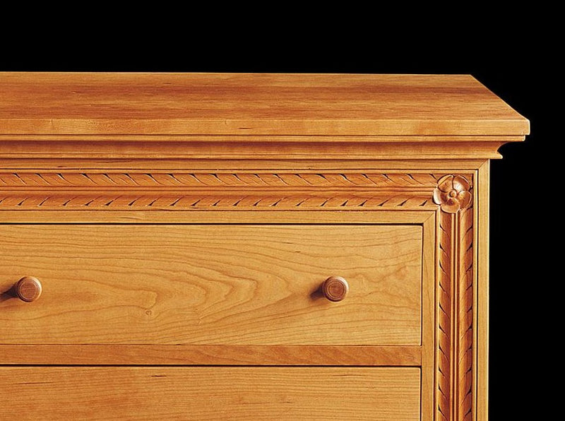 JULIET'S CHEST OF DRAWERS
