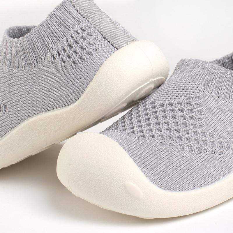 Comforting Mesh-Knit Baby First Walker Shoes