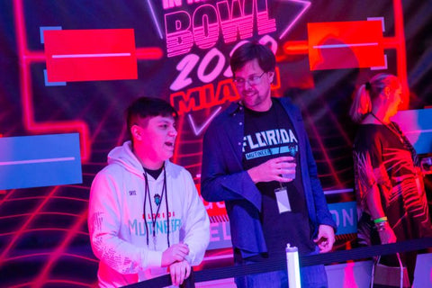 Florida Mutineers host NFL players at the In The Know Bowl