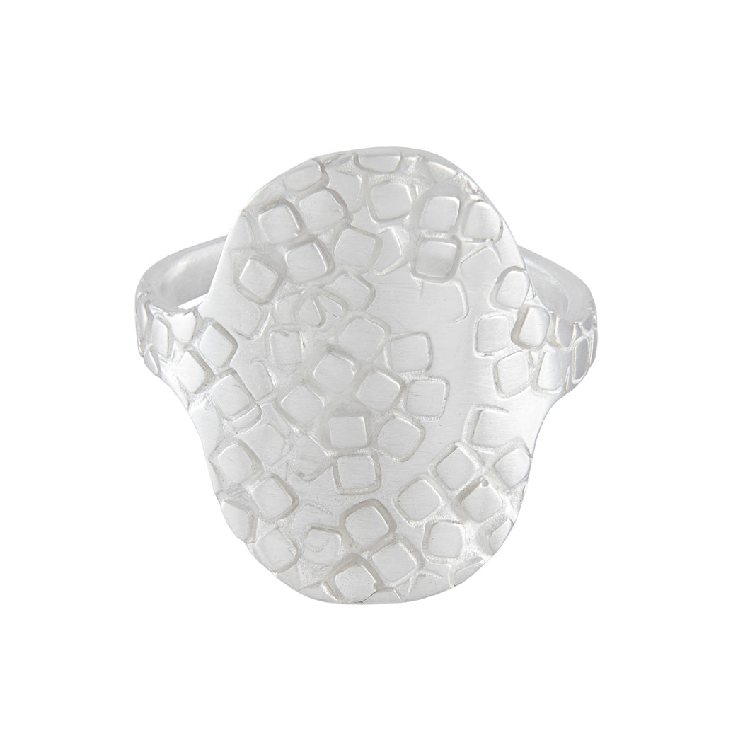 Large silver oval shield signet ring with square texture at the front | Imprint Collection | Margo Orlovik