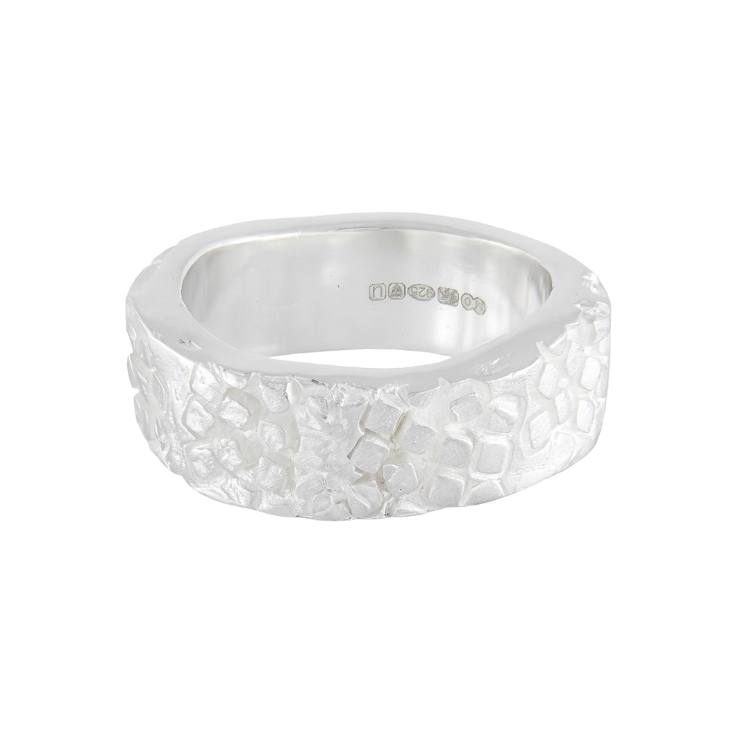 Chunky organic silver band with square pattern all around the outer surface | Imprint Collection | Margo Orlovik