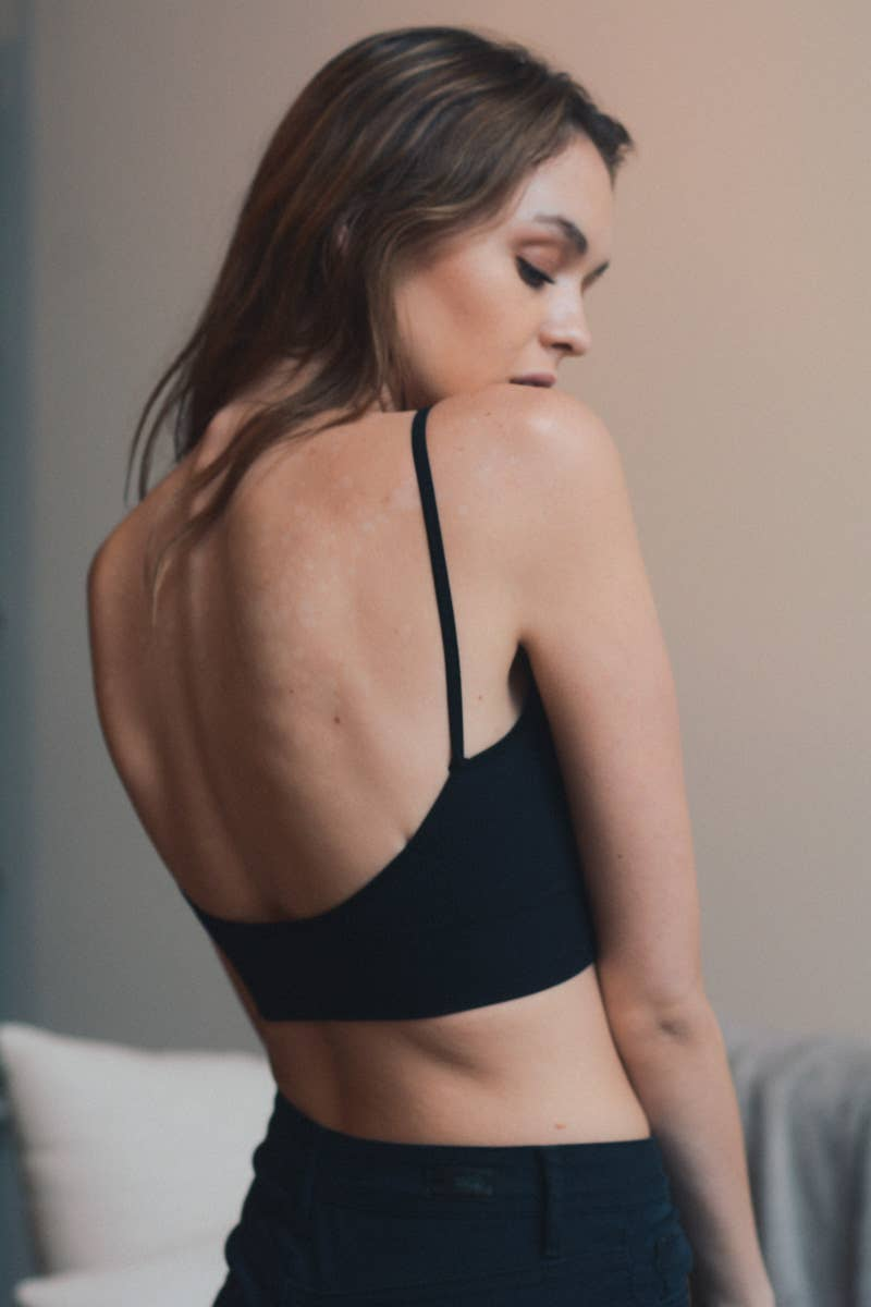 Low Back Seamless Bralette: Black