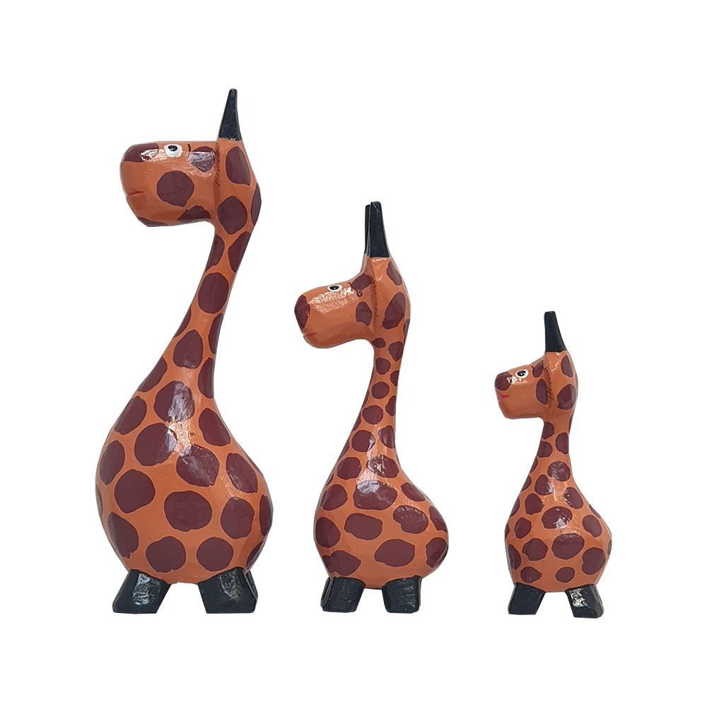 Vie Naturals Abstract Giraffe Carving, Painted - Set of 3, 20/18/15 cm