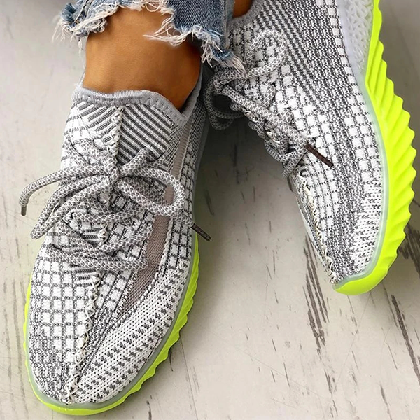 Valuedshoes Net Surface Breathable Lace-Up Yeezy Sneakers