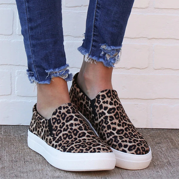 Valuedshoes Closed Toe Slip On Sneakers