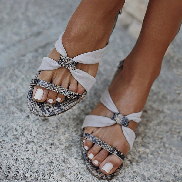 Valuedshoes Hit Color Cross-strap Adjusting Buckle Sandals