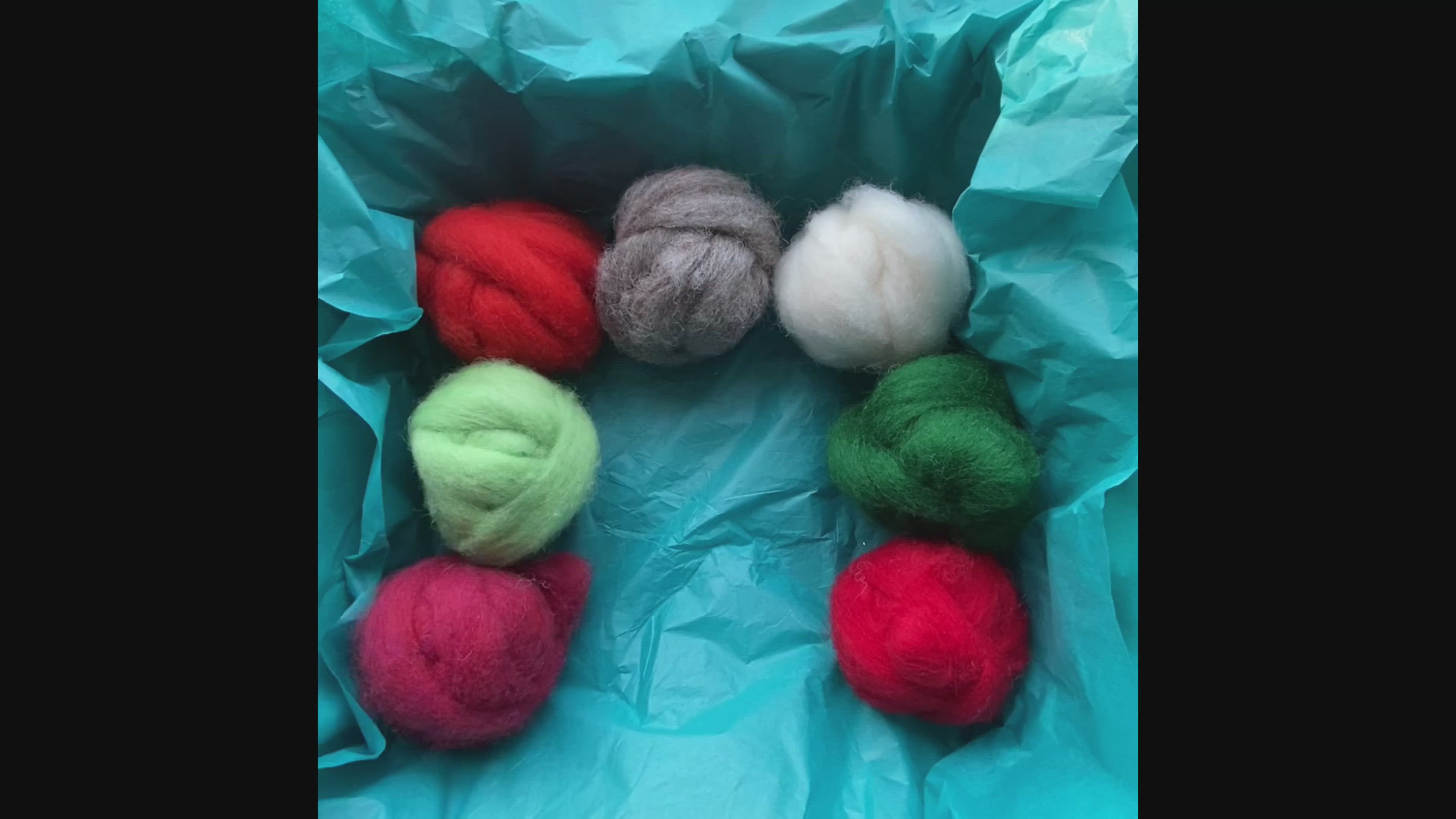 Christmas Needle Felting Box  SPECIAL OFFER - FREE GIFT of 3 extra colours!!!