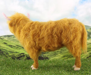 Hamish the Highland Cow    Needle Felting Kit