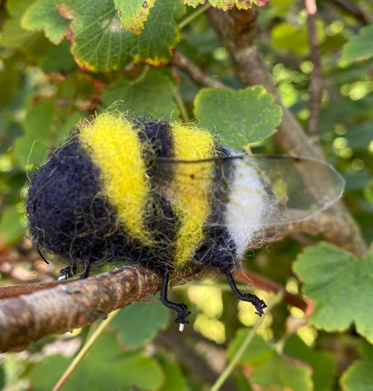 Bumble Bees Needle Felting Kit