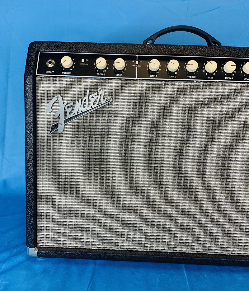 "Fender Super-Sonic 22 2-Channel 22-Watt 1x12"" Guitar Amplifier Fuzz Audio"