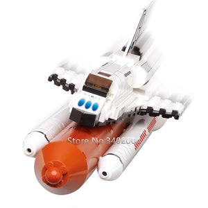 christmas pre-sale! - space shuttle sndeavour in 1:144 scale