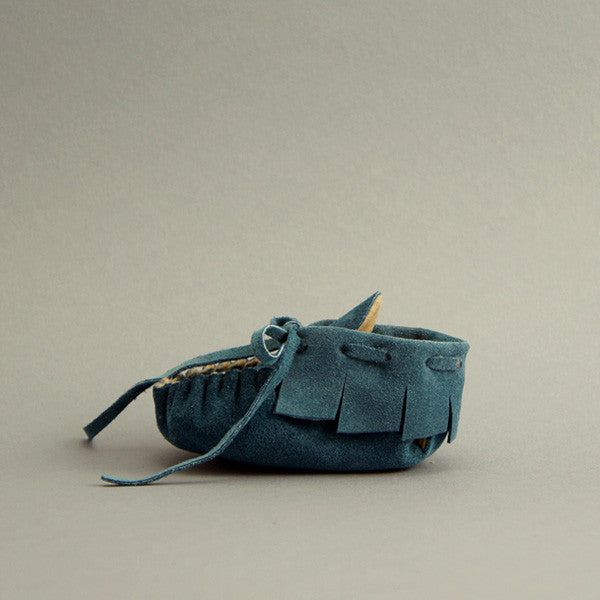 Baby Fringe Moccasin ▲ Big Sky Blue