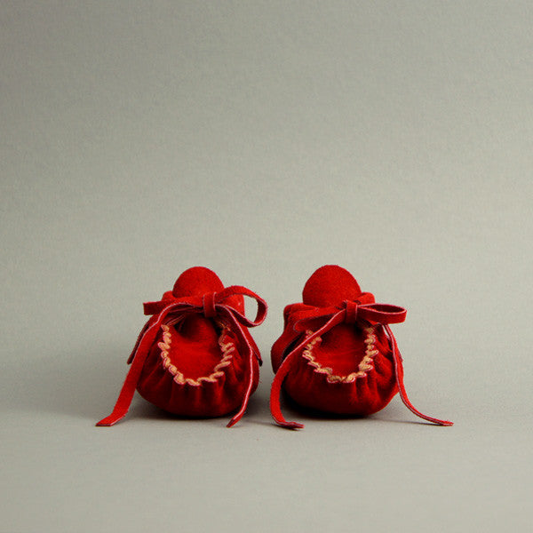 Baby Fringe Moccasin ▲ Poinsettia Red