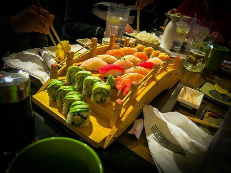 Restaurant use Sushi Sashimi Tray Eco Friendly Wooden Serving Plate Bridge Place Mat Pads, 60cm - Shopy Max