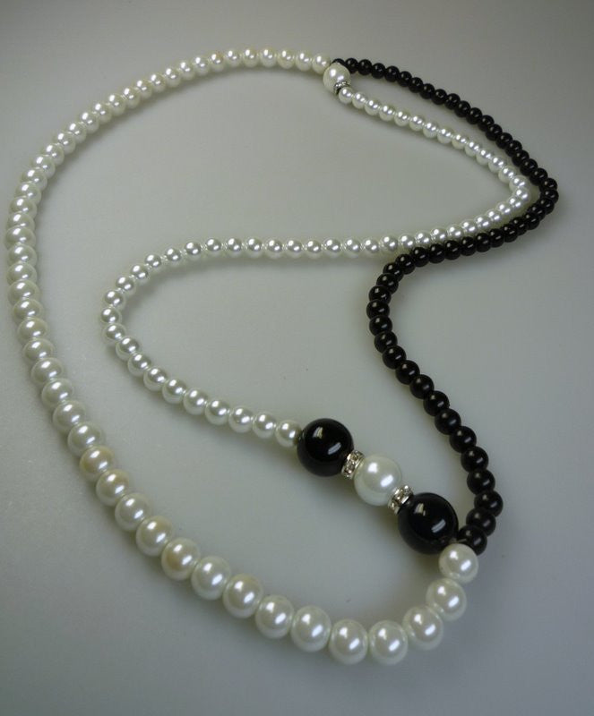 Perilous Pearls Simple Long Drop Necklace - Shopy Max