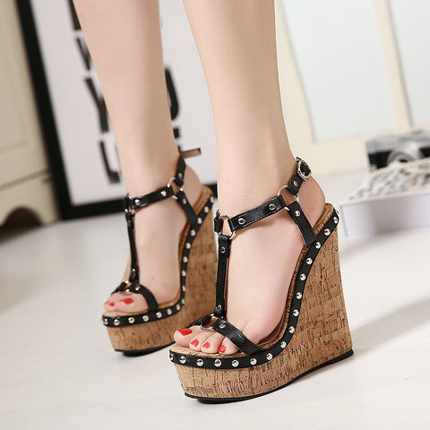 2016 Hot Sale Wedges Women Sandals Rivets T-strap Buckle Open Toe Female Sandals