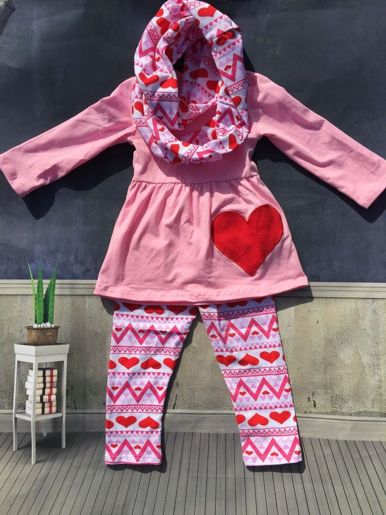 hot sale baby 3pcs clothes girls Valentine's Day boutique clothing sets with scarf