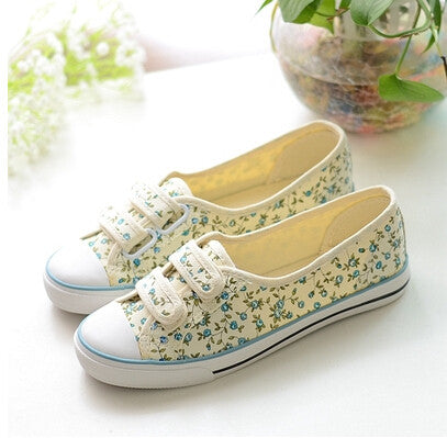 2015 Hot sale Summer canvas size(35-39)blue+yellow+red shoes  pedal velcro shoes lazy  floral print shoes Rural stly - Shopy Max