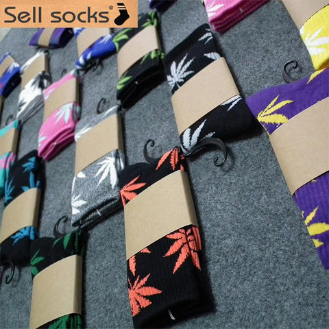 1 pair Men sock Maple leaf Socks long fashion Weed Socks