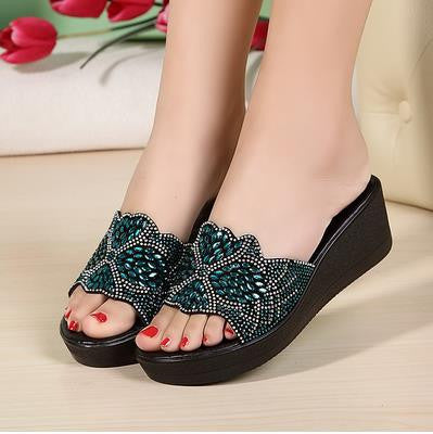 2015 new female slippers with a comfortable summer slope slip shoes slippers leather shoes mother diamond