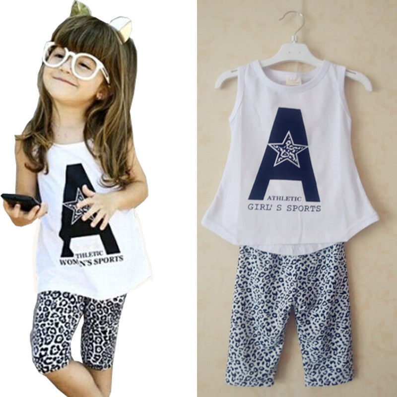 2016 new children clothing set style lovely girls set sleeveless shorts  and lepoard