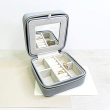 Load image into Gallery viewer, Grey Leather Travel Jewelry Case