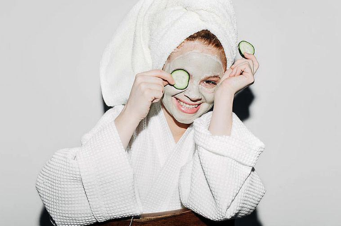 puffy eyes cucumber mask