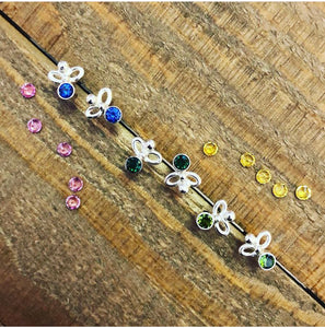 Jeweled Bee Stud (small)