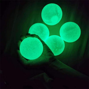 StickyGlow™ Ball - 4pcs Glow In The Dark - Sparbi.com