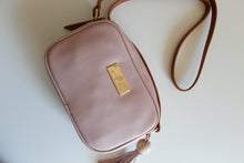 Load image into Gallery viewer, Tropicana Satchel in Pink