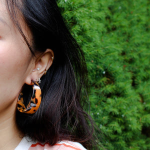 Thick Tortoise Shell Hoops