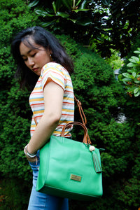 Paradiso Messenger Bag in Green