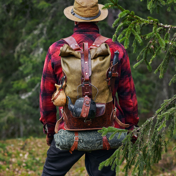 Specials S.03 - MOSS GREEN WHITETAIL FOLD TOP BACKPACK