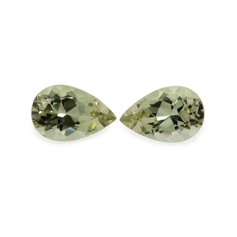 Chrysoberyl Pair - yellow, pear-shaped, 12,2x8,1 mm, 5.56 cts, No. CHB13001