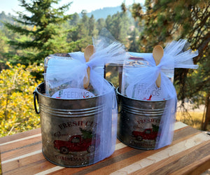 5-7 Bag Holiday Tin Gift Pack (Large) + Salt Price ($5.99 is only for tin and gift wrap)