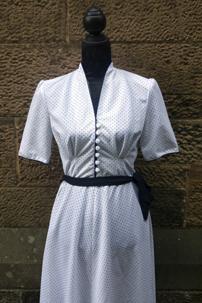 1950s vintage retro white and navy polkadot dress