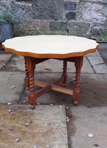 Vintage coffee Table - to have it painted please contact me to discuss what you would like.