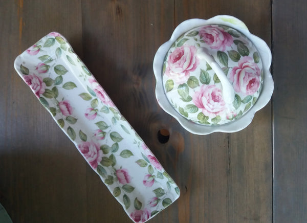 Cute floral vintage dressing table set