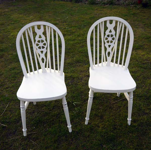 Custom Listing for Phillipa wheelback vintage dining chairs in Annie Sloan Original