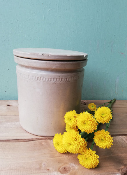 Gorgeous rustic stoneware pot with original lid