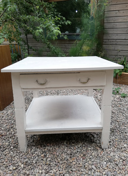 Vintage Table - to have it painted please contact me to discuss what you would like.