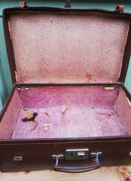 Vintage suitcase ready for revamp of keep it as is