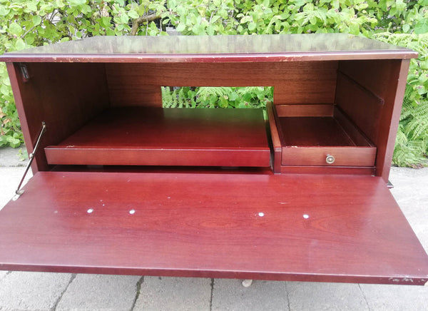 Vintage TV Stand  available for painting your choice of colour
