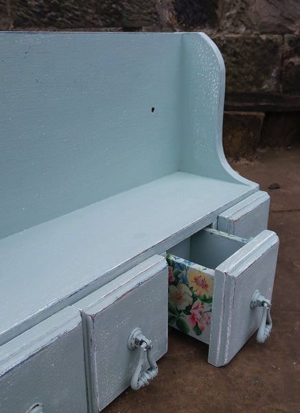 Little wall cupboard in fusion mineral paint