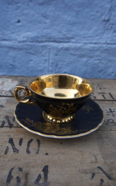 Stunning bavarian black and gold vintage teaset - six cups and saucers