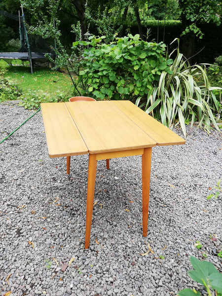 Vintage Mid Century drop leaf table