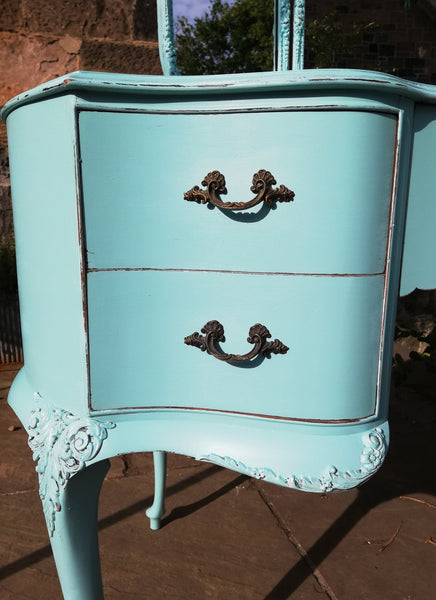Vintage dressing table painted in Vintage With Grace chalk paint Surfer